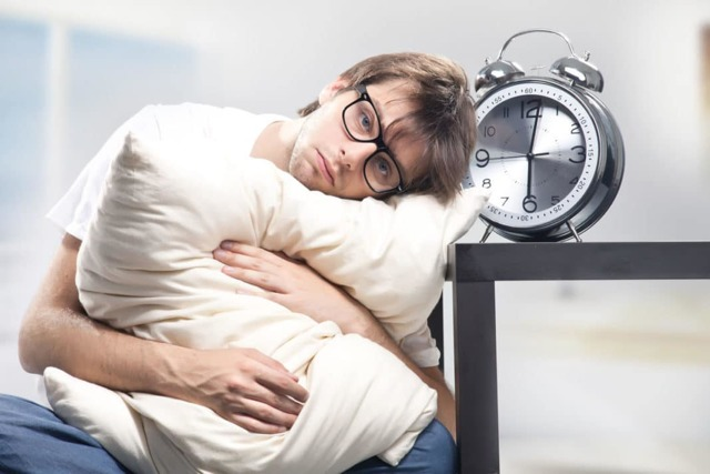 При насморке болит лоб и бровь - причины и лечение 2020