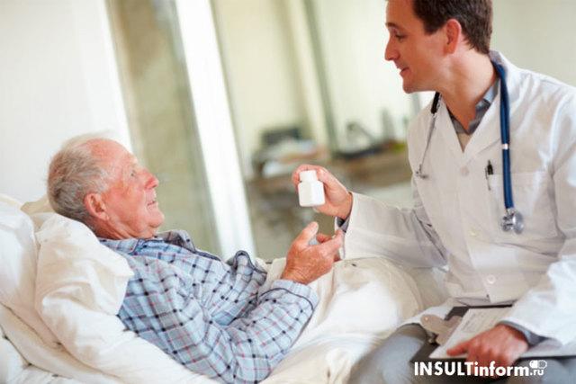 Как восстанавливать речь после инсульта: методики и упражнения