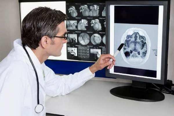 Внутричерепное давление у грудничков: симптомы, признаки и лечение