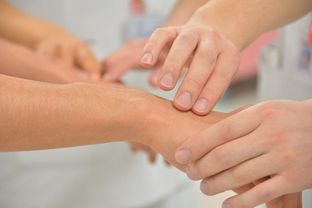 Эффективные венотоники: лечение и профилактика варикоза