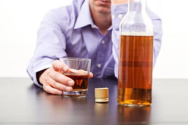 Болит печень после алкоголя: что делать, чем лечить