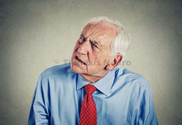 Шум в ушах - что делать?Как лечить постоянный сильный шум в ухе?