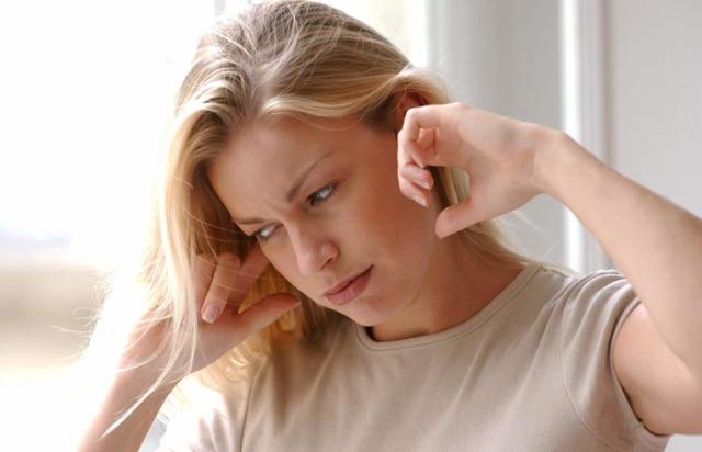 Пульсирующий шум в правом ухе - почему слышно биение сердца: как избавиться от пульсации, симптомы и диагностика заболевания