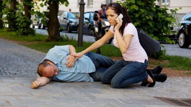 Обморок - причины, симптомы, лечение