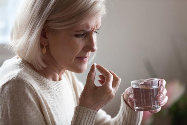 Головная боль при климаксе симптомы