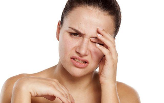 Дёргается глаз - причины, лечение и профилактика