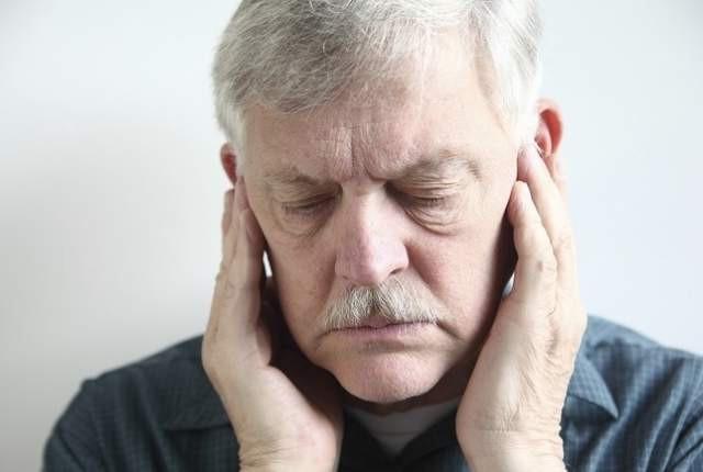 Звонок в ушах и голове, причины возникновения и диагностика