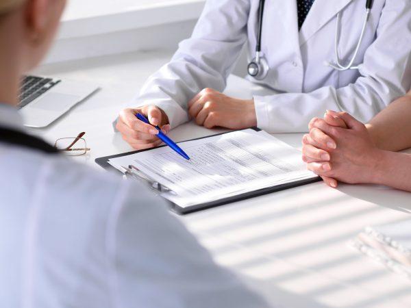 Потеря сознания - причины, симптомы, первая помощь