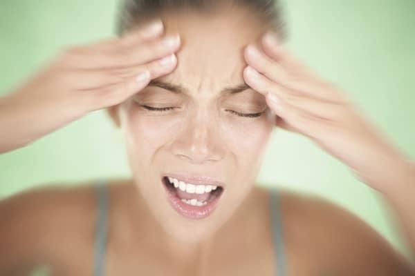 Психосоматика и головная боль: причины и лечение
