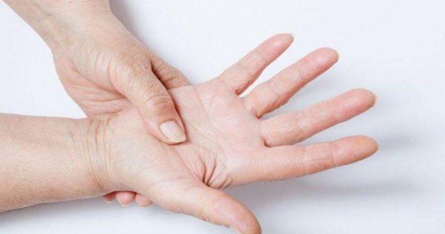 Почему немеют кисти рук по ночам: причины и лечение