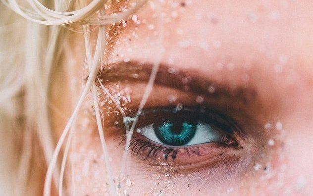 Что делать, если дёргается глаз