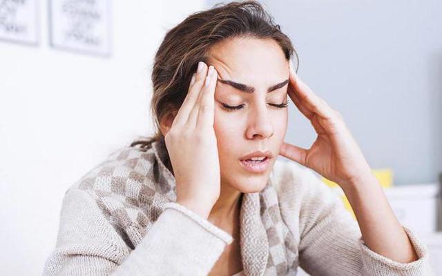 Артериальная гипотензия — что это такое, основные причины, классификация по МКБ-10, симптомы, лечение и первая неотложная помощь