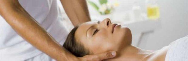 Почему после массажа шеи и воротниковой зоны болит голова?Что делать, если после массажа болит шея