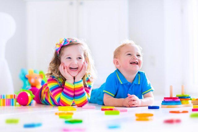 Аутизм у детей: признаки и симптомы детского аутизма