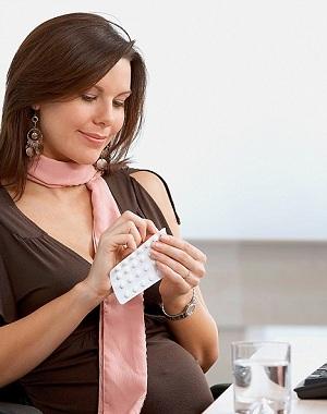 Головная боль при беременности и ранних сроках: причины и методы избавления