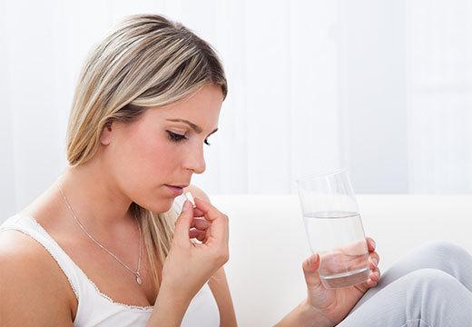 Понос при отравлении: что делать и чем лечить