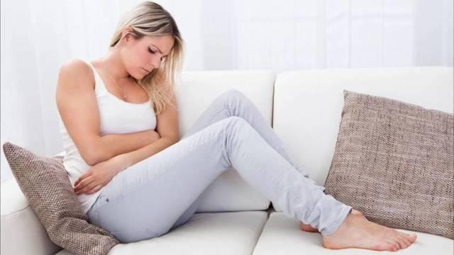 Понос во время месячных - норма или патология, причины