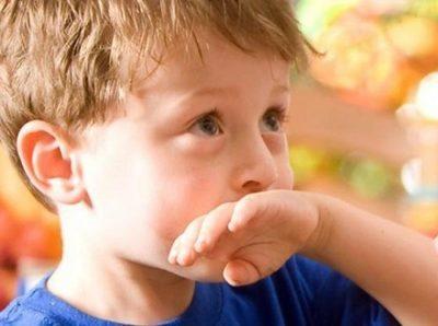 Рвота у ребенка без температуры - чем лечить