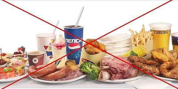 Что есть после отравления едой взрослому