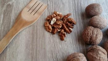 Признаки и последствия отравления грецкими орехами