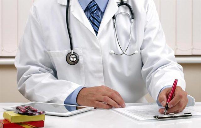Понос у грудничка при искусственном вскармливании: причины и лечение
