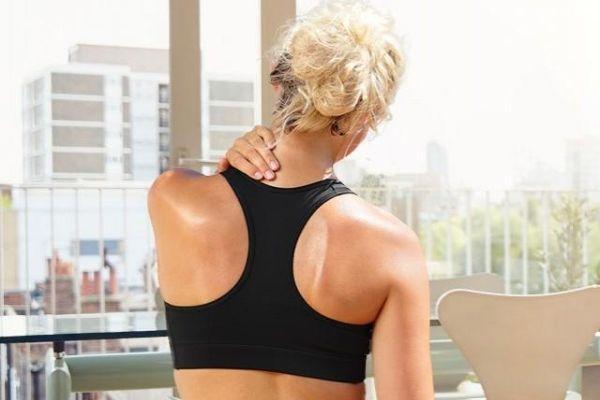 Боль в затылке с левой стороны головы: причины и лечение гомеопатией