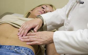 Пучит живот - что делать, часто отходят газы, причины и лечение