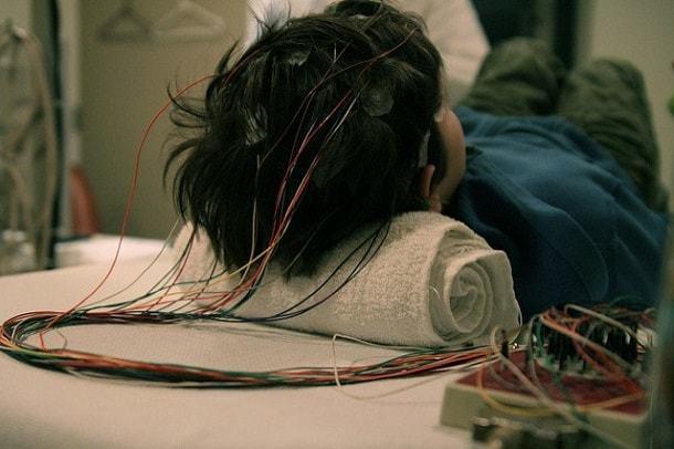 Расшифровка ЭЭГ у детей: норма и нарушения работы головного мозга
