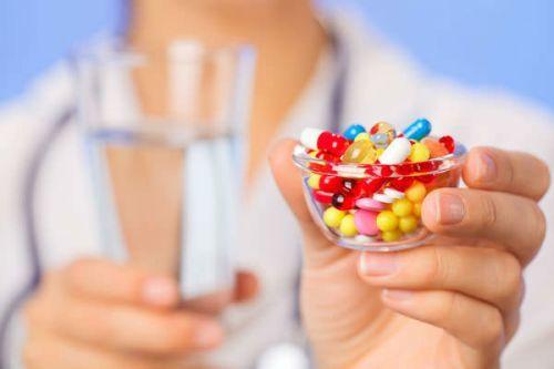 Болит живот после антибиотиков: что делать
