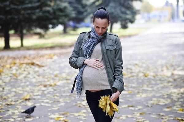 Что помогает от изжоги при беременности в домашних условиях