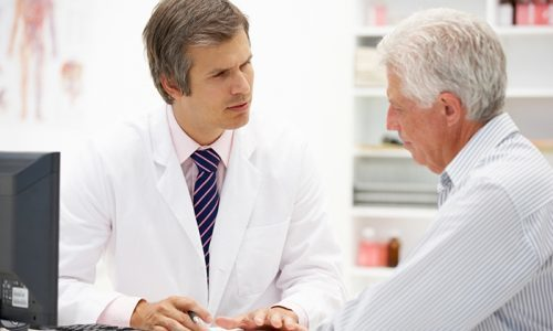 Мед при панкреатите: полезный или вредный продукт при патологии