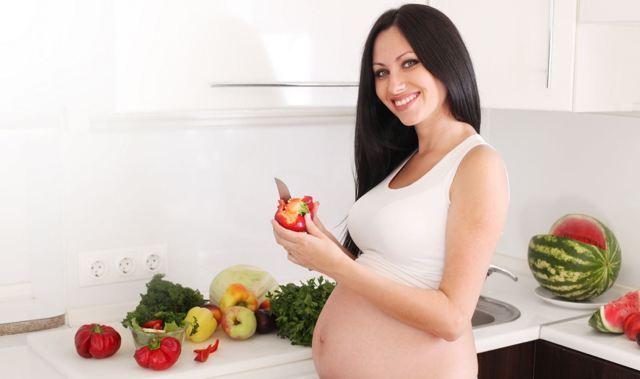 Болит желудок при беременности на ранних сроках: что делать