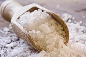 Солевой раствор при поносе: как его приготовить и применять