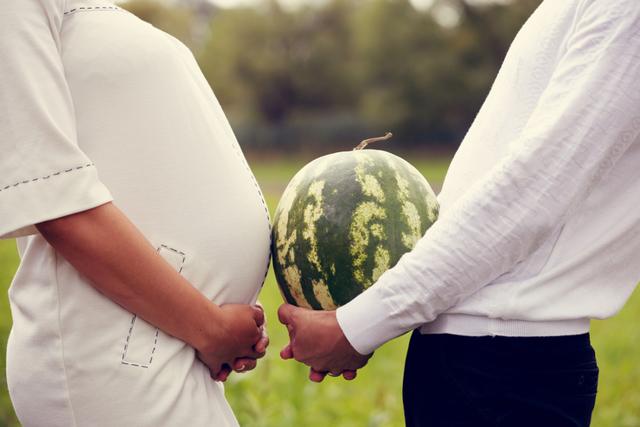 Арбуз при беременности: можно или нельзя?