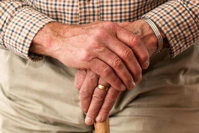 Растирка для суставов с анальгином: как использовать