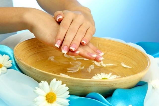 Слоятся ногти на руках – причины, что делать, когда сильно слоятся ногти на руках, лечение